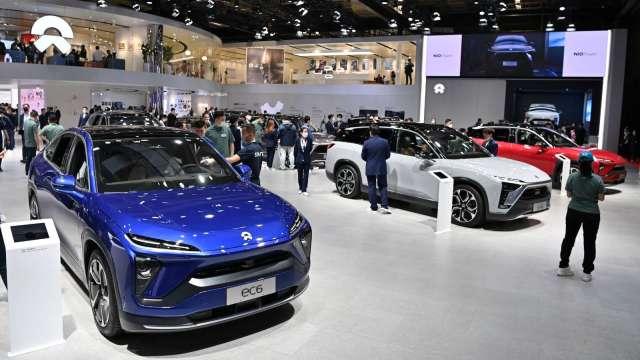 中國8月汽車銷量年減18% 新能源車銷量逾2倍 (圖片:AFP)