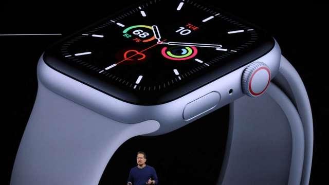 郭明錤:Apple Watch 7生產問題已解決、9月大量生產、立訊受益 (圖片:AFP)