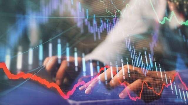 17500關前整理 強勢股繼續上漲。 (圖:shutterstock)