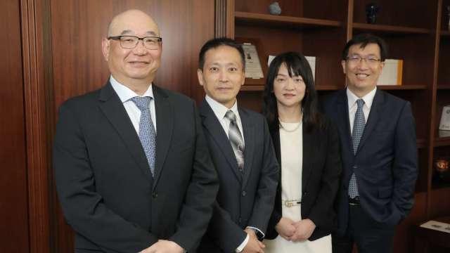 凱基證總經理方維昌(左1)。(圖:凱基證提供)