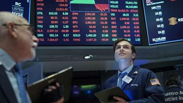 從物價、原物料、就業市場三大面向看Fed貨幣政策及停滯性通膨。(圖:AFP)