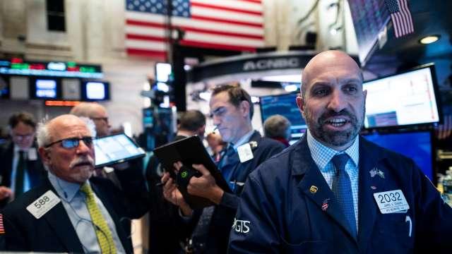 能源股飆升 四大指數齊揚 (圖片:AFP)