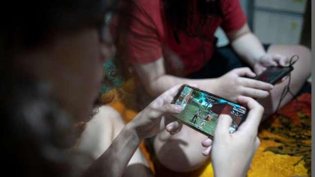 中國網信辦要求網科企業加強帳號、未成年及廣告監管(圖片:AFP)