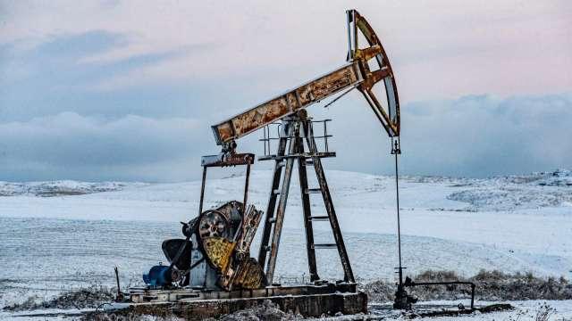 〈能源盤後〉連漲4日後小歇 WTI原油持平 Brent小漲再創7週高點 (圖片:AFP)