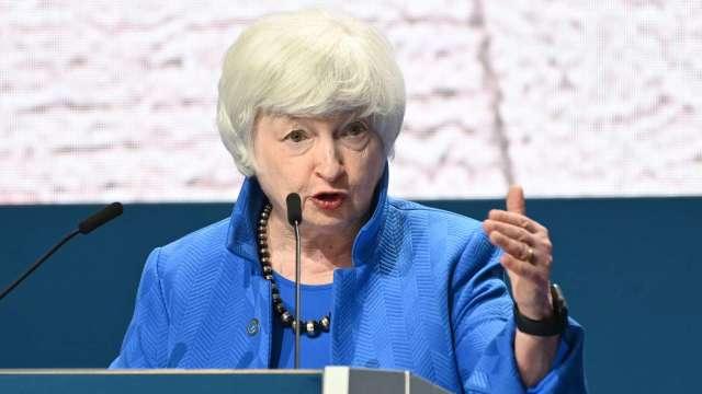 美財長葉倫呼籲提高舉債上限 以避免金融危機(圖片:AFP)