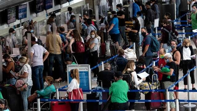 白宫宣布将松绑旅游限制 三大航空股闻讯上涨(图片:AFP)(photo:CnYes)