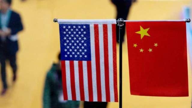 美中出招!SEC釋出中概股警告 中國就美太陽能關稅提起上訴 (圖片:AFP)