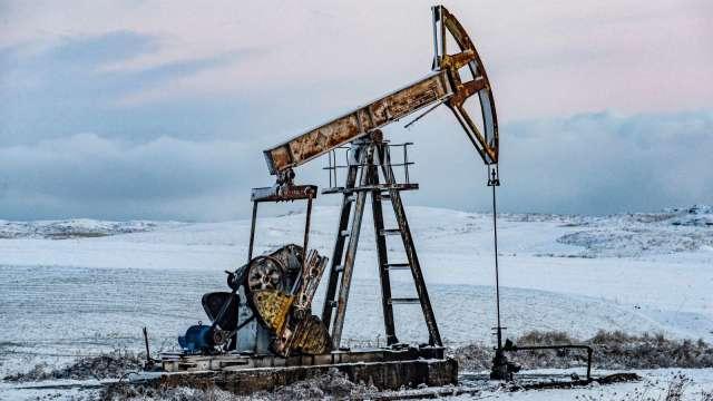 〈能源盤後〉中國恒大倒閉危機 激發避險情緒 美元走強 原油大跌 (圖:AFP)