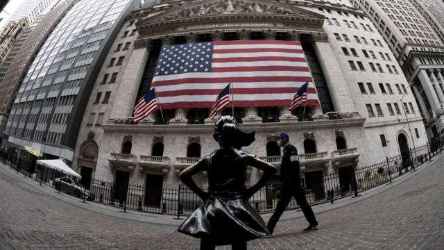 技術分析師:若VIX仍居高不下 美股恐有下行風險(圖:AFP)