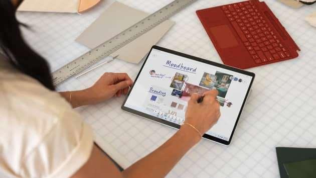 微軟推出僅支援Wi-Fi的平板電腦Surface Pro X。()