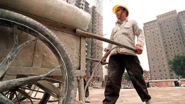 為達節能減碳目標 中國9省限電限產(圖片:AFP)