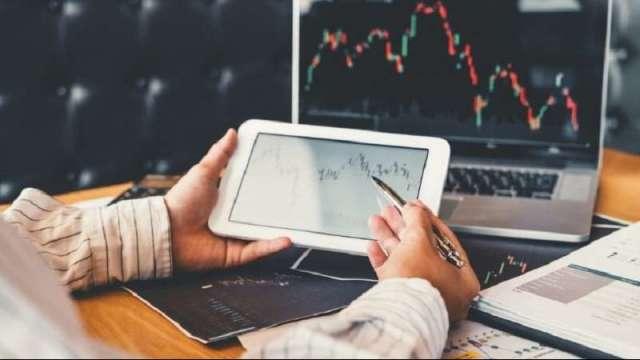 權證投資人一定要了解的 外資投信買超個股標的TOP5。(圖: shutterstock)