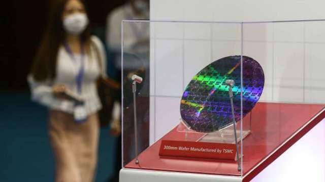白宮半導體峰會 台積電、英特爾、蘋果等料再成座上賓 (圖:AFP)