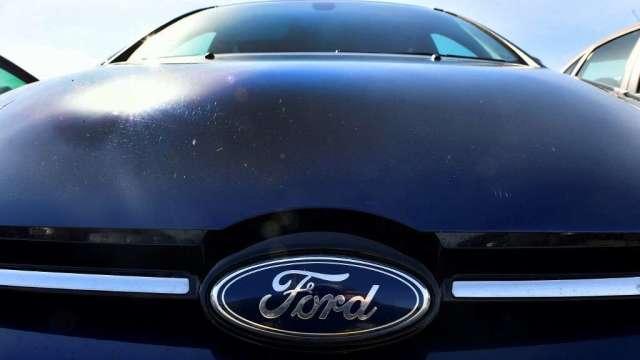 機構:晶片荒未見好轉 全球汽車製造商今年恐失2100億美元營收(圖:AFP)
