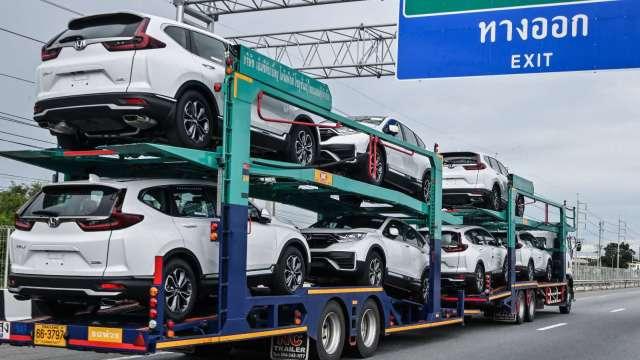 泰國8月汽車生產轉衰 主受晶片及零件缺料問題夾擊 (圖片:AFP)