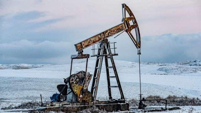 〈能源盤後〉市場風險啟動 原油連漲3日 Brent登近3年高點 (圖片:AFP)