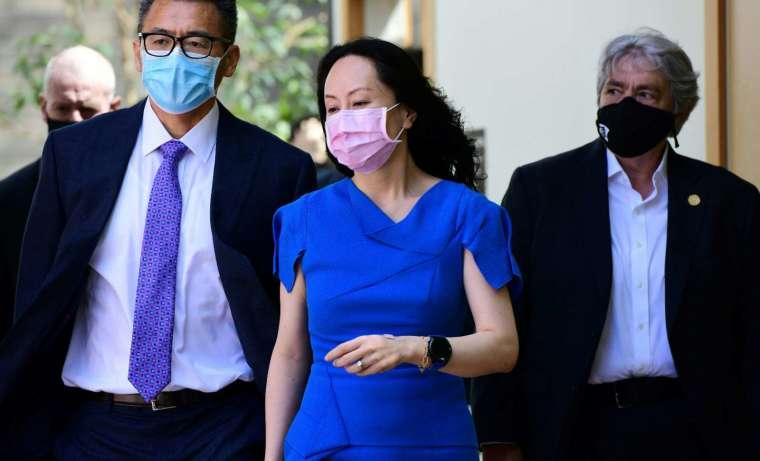 孟晚舟即時獲釋並已登機返回中國 (圖片:AFP)