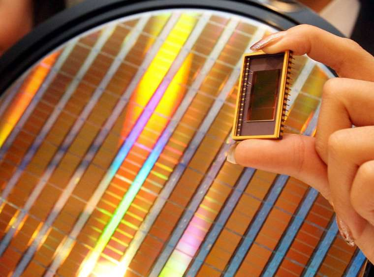 國際半導體產業協會 (SEMI) 報告指出,2021 年至 2022 年全球將興建 29 座晶圓廠 (圖片:AFP)