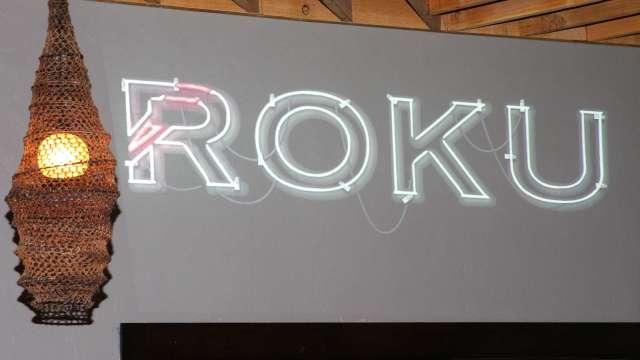 華爾街多空交戰!Roku昨獲升級 今遭富國銀行降級 挫近4% (圖片:AFP)
