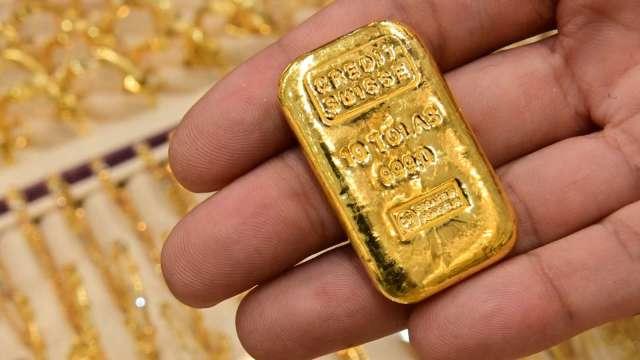 〈貴金屬盤後〉黃金連2日收高 但前景仍不樂觀 (圖片:AFP)