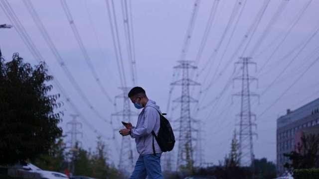 巴克萊:中國今年GDP或降至6%以下 部分產業限電恐持續至明年(圖:AFP)
