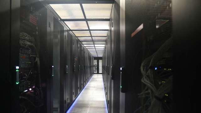 台伺服器ODM廠拿下全球逾9成市占,海外布局腳步不變。(圖:AFP)