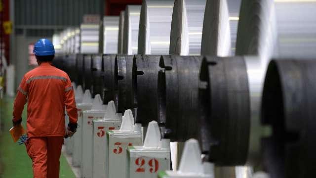復甦提前 世界鋼協上調中國外地區用鋼需求展望。(圖:AFP)
