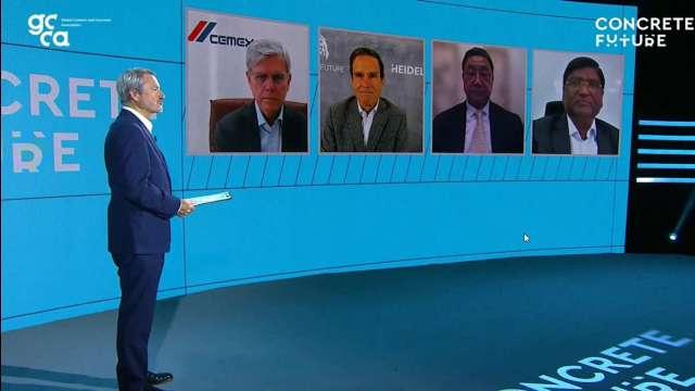 台泥董事長張安平(右二)參加GCCA High Level CEO Panel。(圖:台泥提供)
