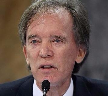 葛洛斯稱現在不該投資 反而該多借錢(圖:AFP)