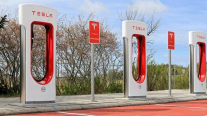 特斯拉電動車 引領未來新潮流
